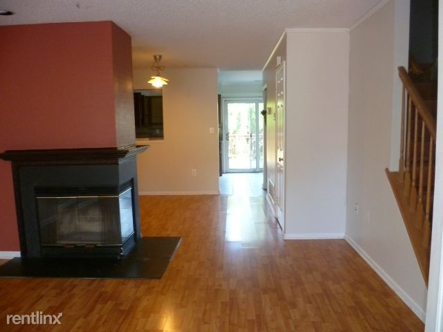 63 Lynnette Court, Kendall Park, NJ - $1,950