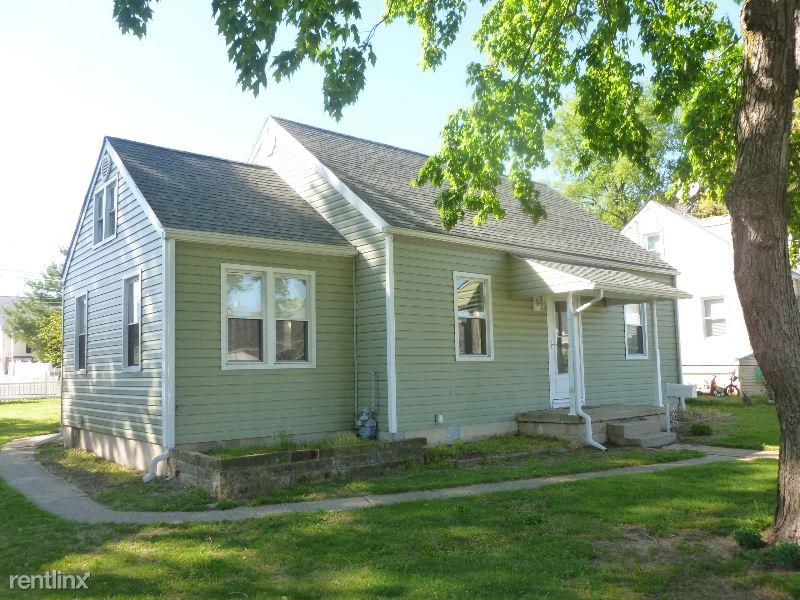 17 Ridgemoor Rd, Essex, MD - $1,550