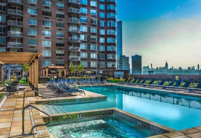 401 Washington Blvd 20-O, Jersey City, NJ - $2,600