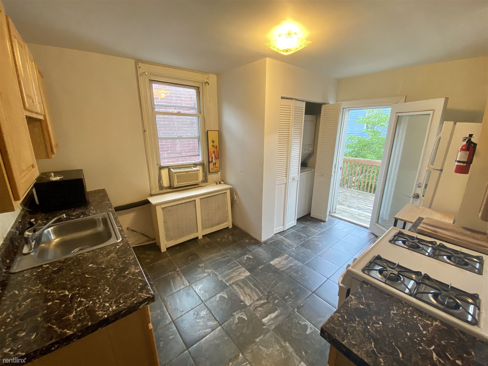 1008 S Ellwood Ave Unit 2, Baltimore, MD - $1,275