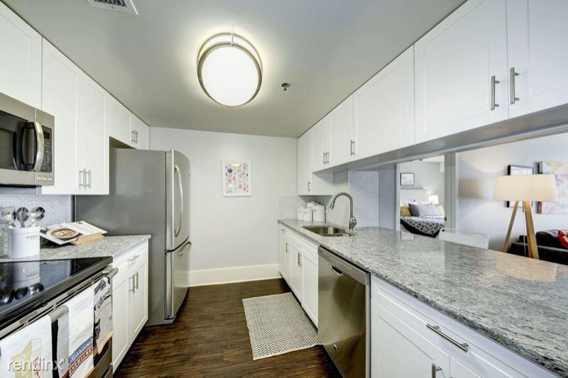 7900 River Rd 808, Edgewater, NJ - $5,005