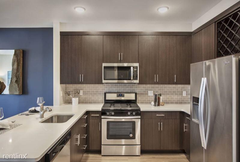 4 William St 428, Englewood, NJ - $2,550