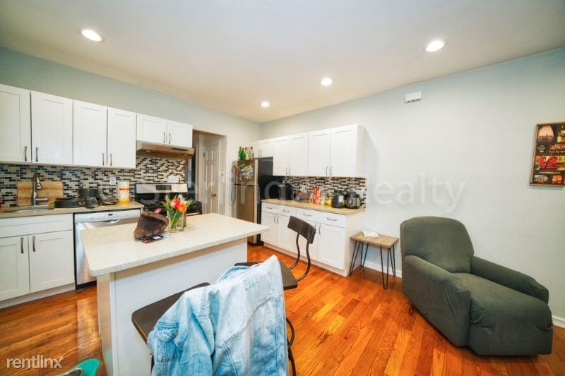 28-35 36th St 1, Astoria, NY - $3,000