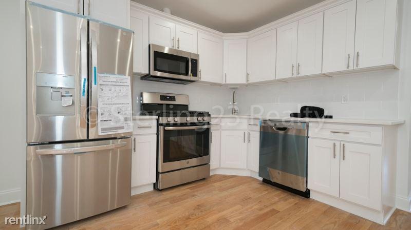 18-47 26th Rd 3, Astoria, NY - $3,300