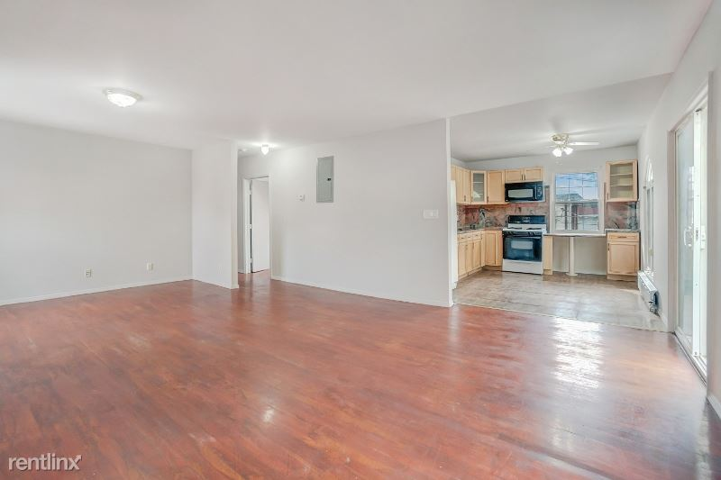 15838 77th Rd 2fl, Fresh Meadows, NY - $4,000