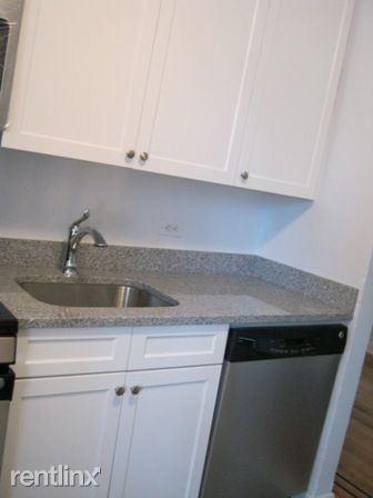 4515 Colden St Apt 5T, Flushing, NY - $2,423