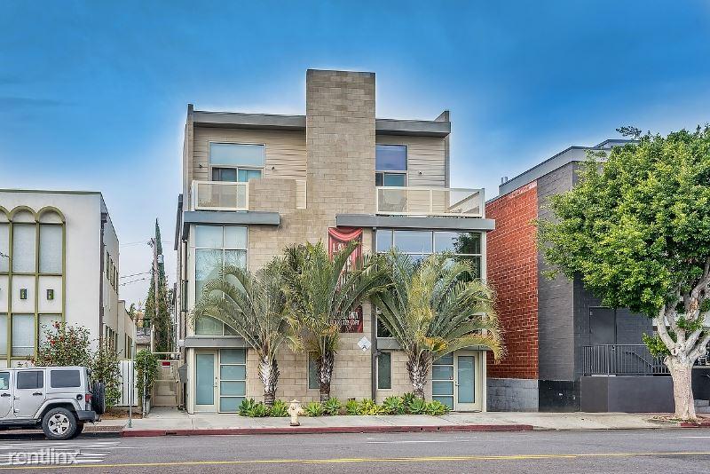 631 N Larchmont Blvd 4, Los Angeles, CA - $8,395