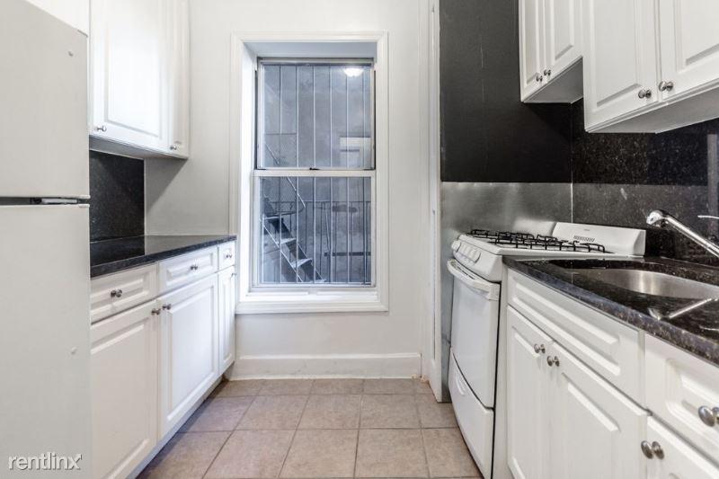 241 W 13th St, New York, NY - $2,535