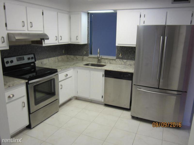 14623 bonaire blvd villages of oriole bonaire  4, Delray Beach, FL - $1,190