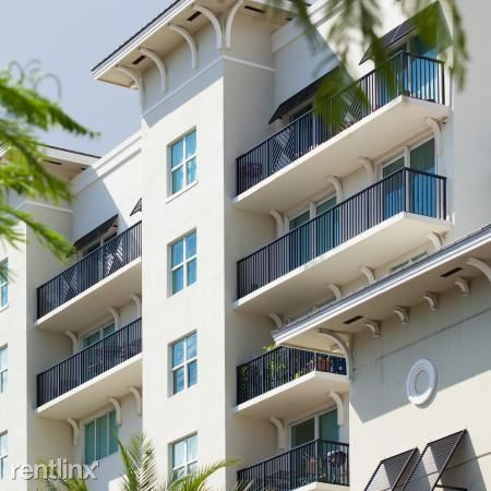 1020 NE 12th Ave, Fort Lauderdale, FL - $1,836