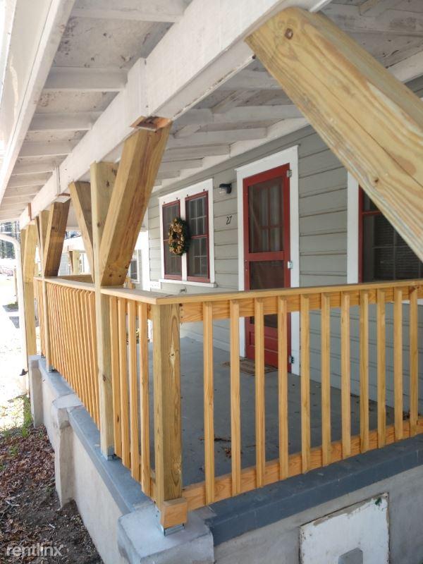 35 Bent Oaks Dr, Hendersonville NC, Hendersonville, NC - $750