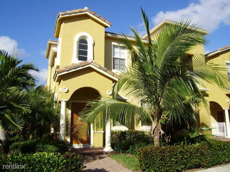 121 Seagrape Drive 204, Jupiter, FL - $2,100