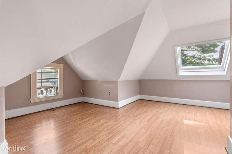 32 Wellington st Rooms, Waltham, MA - $750