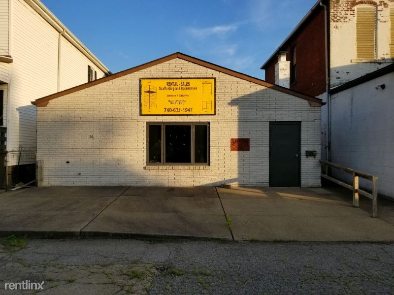 208 22nd St, Bellaire, OH - $2,500