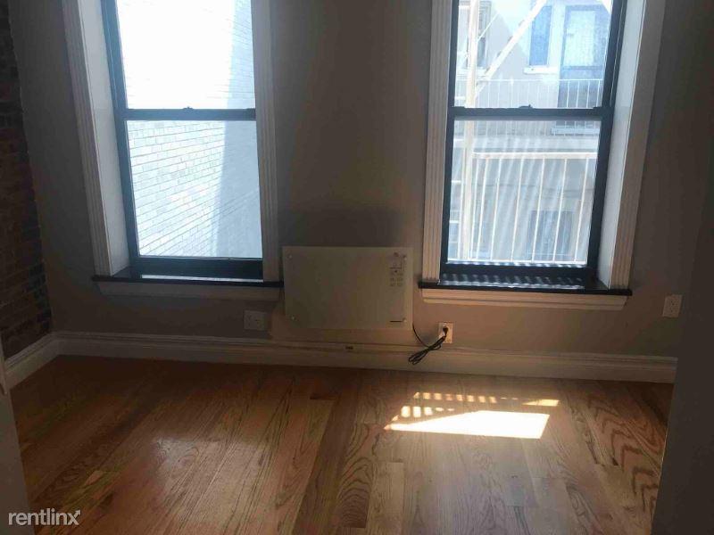 439 W 50th St 2R, New York, NY - $4,395