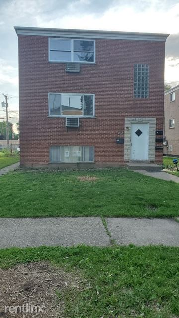 1116 Orchard Ave 1, Maywood, IL - $1,449