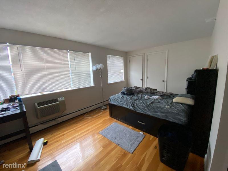 1027 Commonwealth Ave 10, Boston, MA - $1,625
