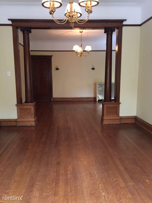 622 W Arlington Pl, Chicago, IL - $4,900