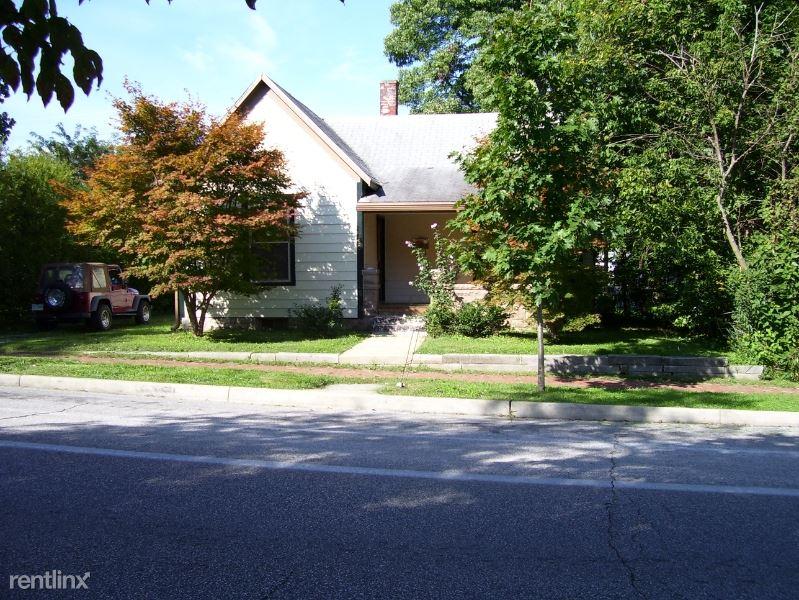 720 S Washington St, Bloomington, IN - $1,600