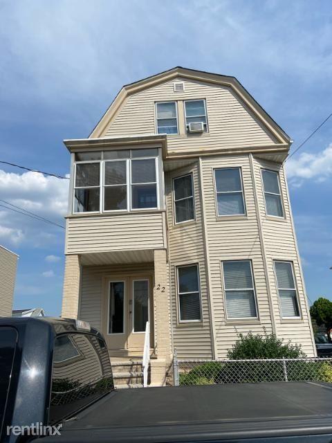 22 Brighton Ave 2, Kearny, NJ - $1,850