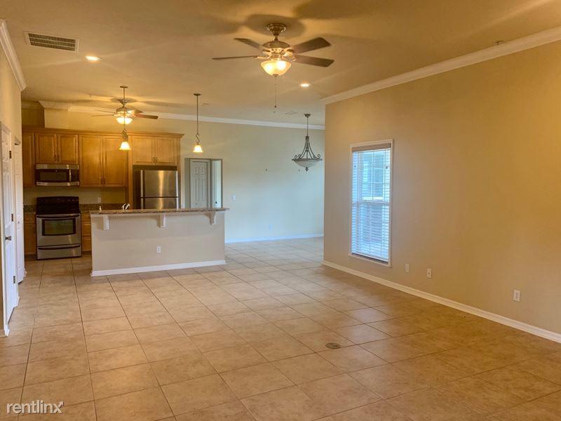 2563 SW 87th Drive, Gainesville, FL - $1,850