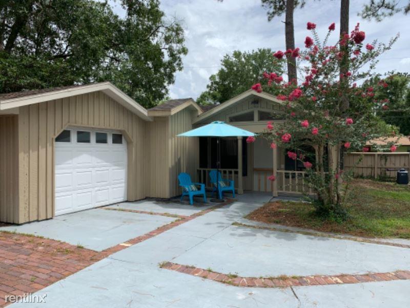 1311 E. Searing Street, Starke, FL - $800