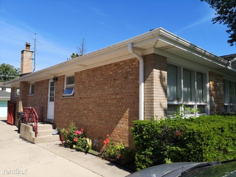 10052 Lamon Ave, Skokie, IL - $2,250