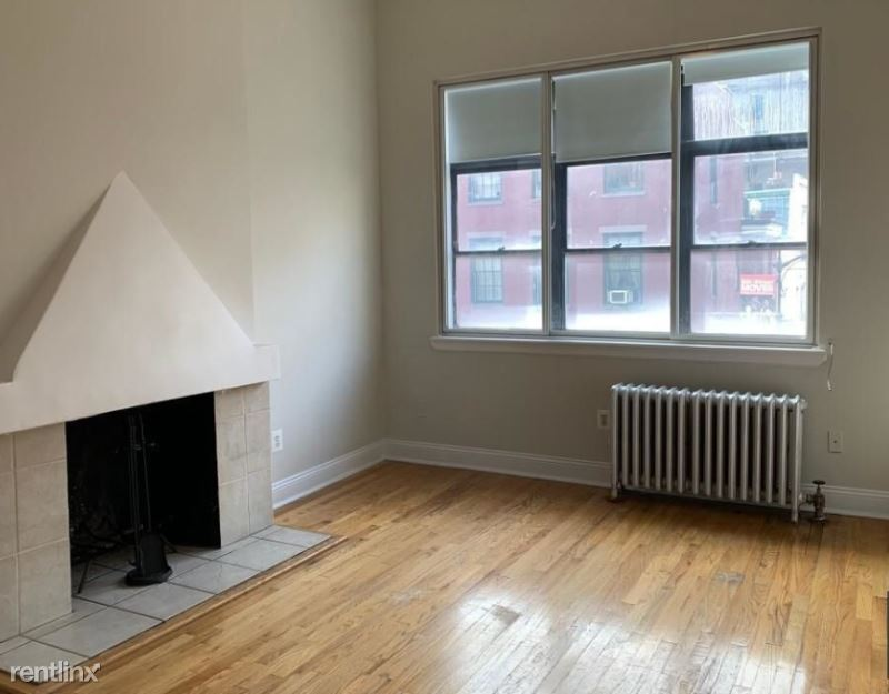 31 W 8th St 3, New York, NY - $2,250