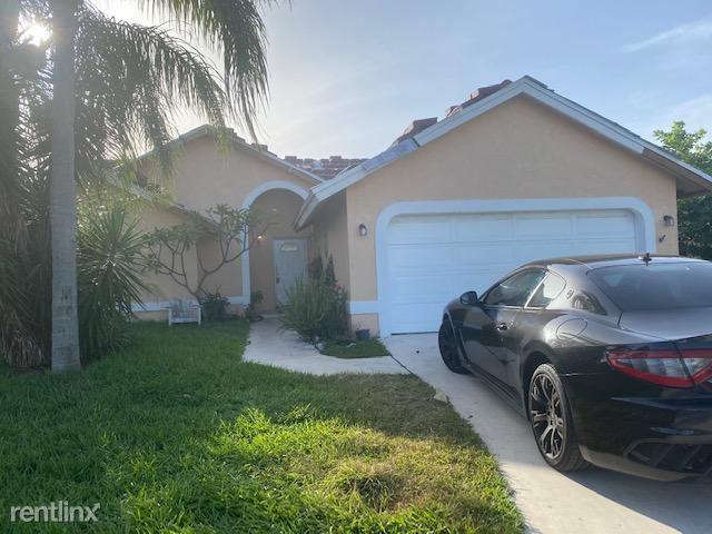 5022 Rosen Blvd, Boynton Beach, FL - $2,300
