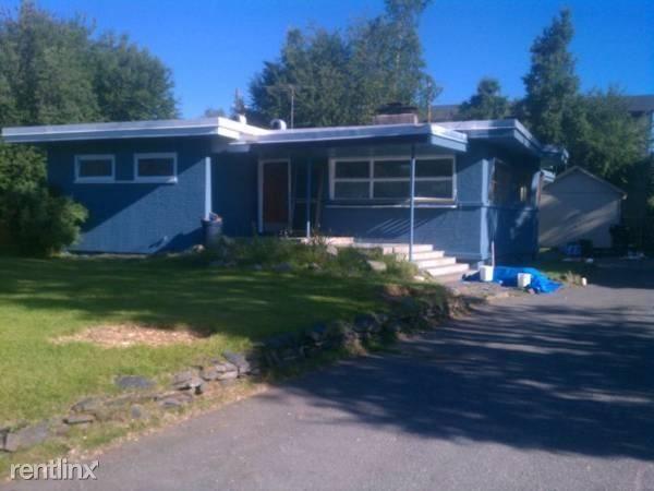 2903 W 29th Pl 1, Anchorage, AK - $1,695