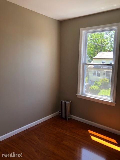 61 Tillinghast St, Newark, NJ - $1,450