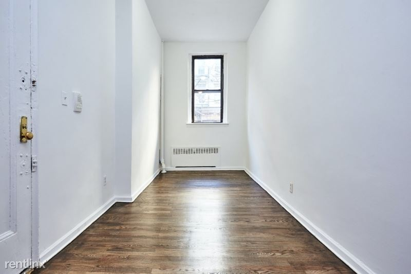 284 E 10th St, New York, NY - $2,250