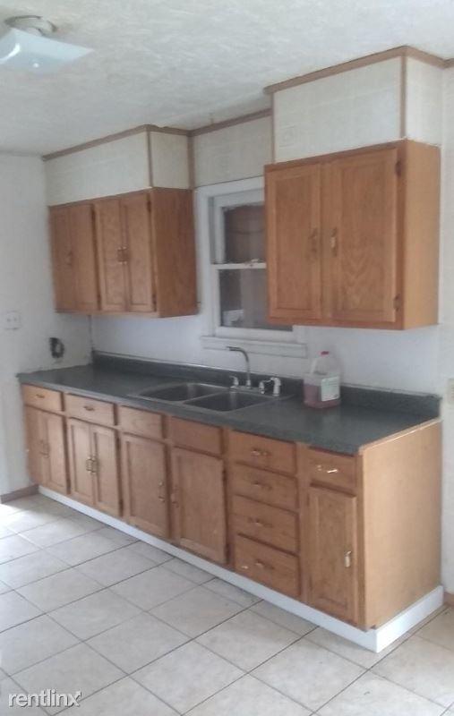 321 Henry St, Pampa, TX - $750