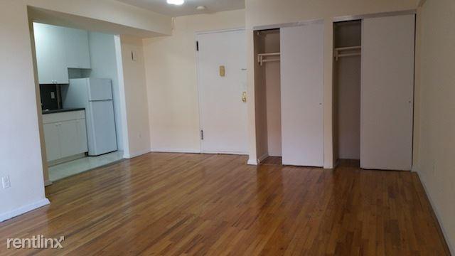 143-25 41st Ave, Flushing, NY - $1,475