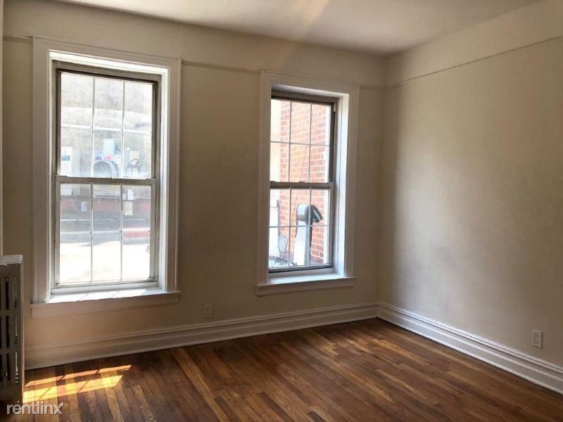 1442 1st Ave, New York, NY - $2,559