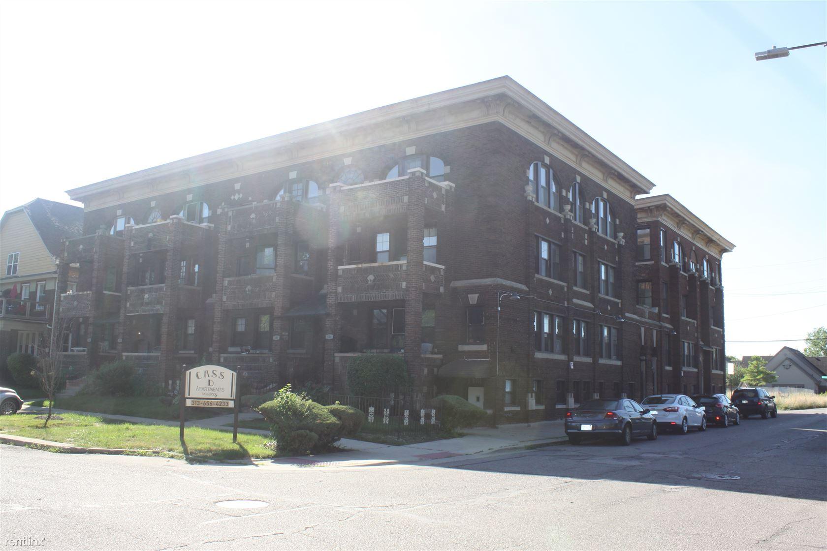 504 E Kirby St, Detroit, MI - $2,900
