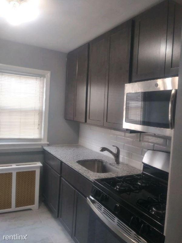 32 Kelly Pkwy 11, Bayonne, NJ - $1,499