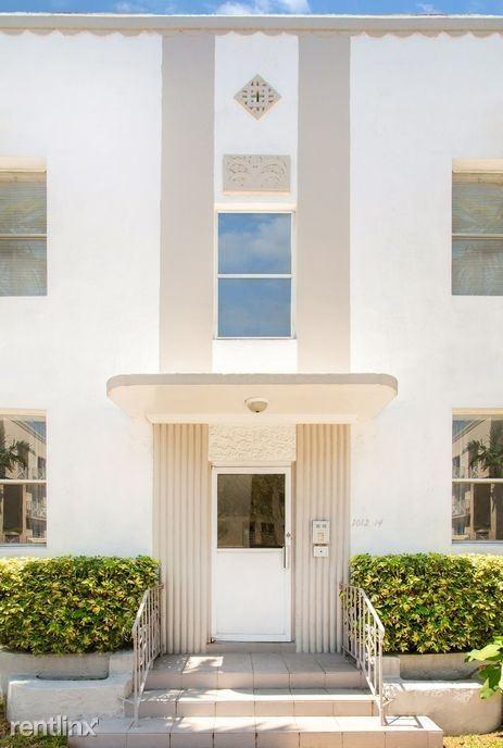 1012 8th St 8, Miami Beach, FL - $1,050