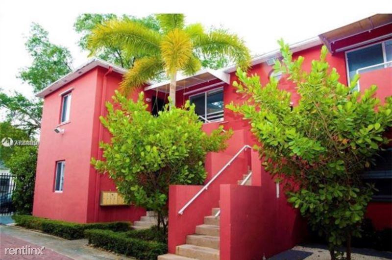 544 NE 62nd St 1, Miami, FL - $1,050