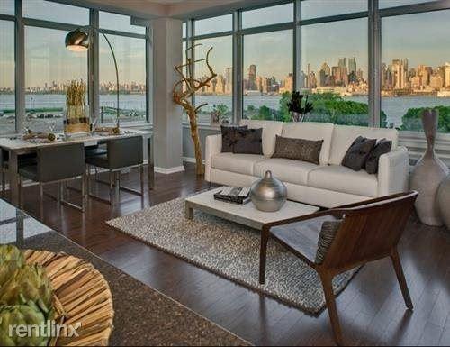 13 Pershing Rd 31, Weehawken, NJ - $4,000