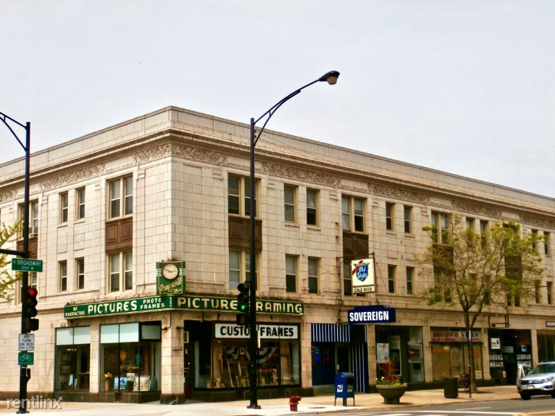1204 W Granville Ave 329, Chicago, IL - $900