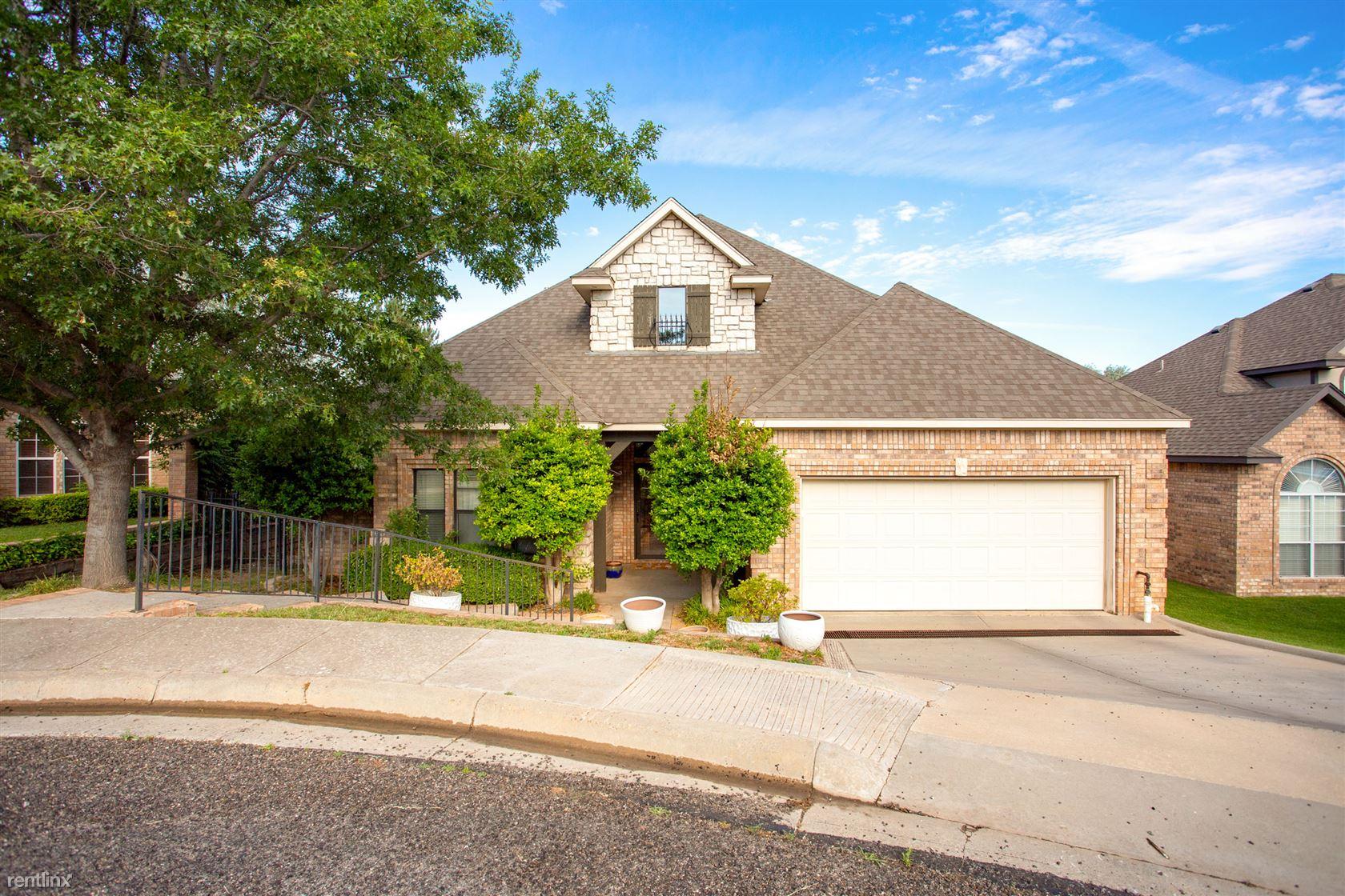 12 Pinecrest Drive, Amarillo, TX - $2,300