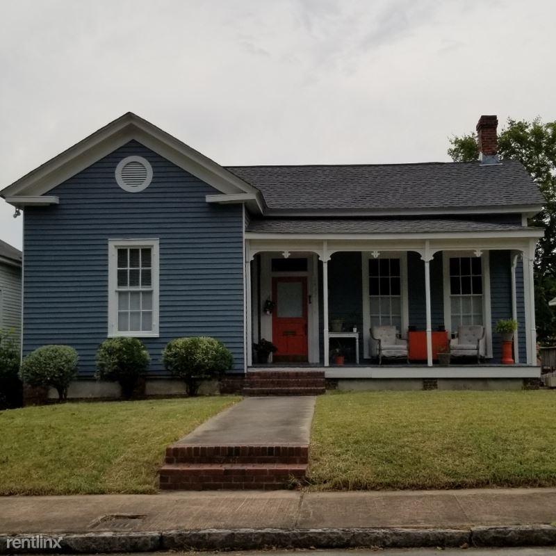 1433 Chestnut St, Macon, GA - $1,400