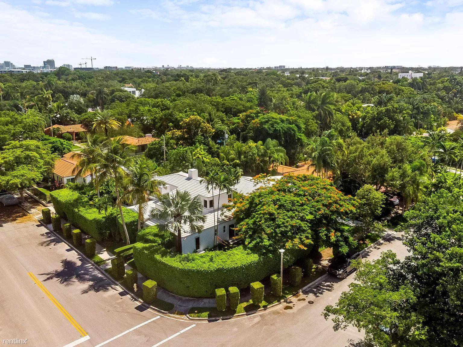 7420 NE 8th Ave, Miami, FL - $7,000
