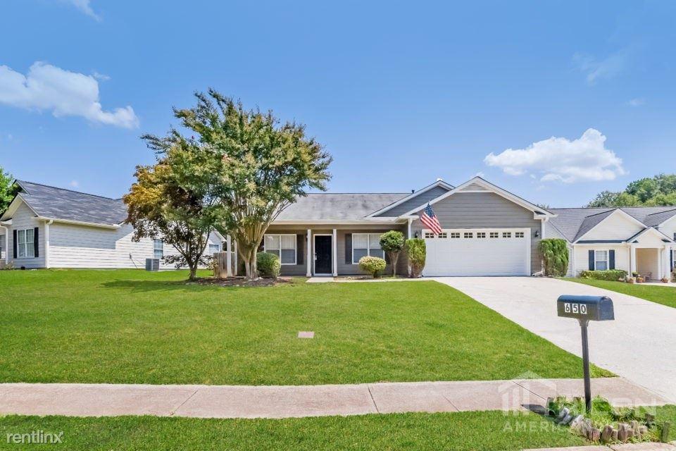 650 Chatham Park Drive, Lawrenceville, GA - $1,599
