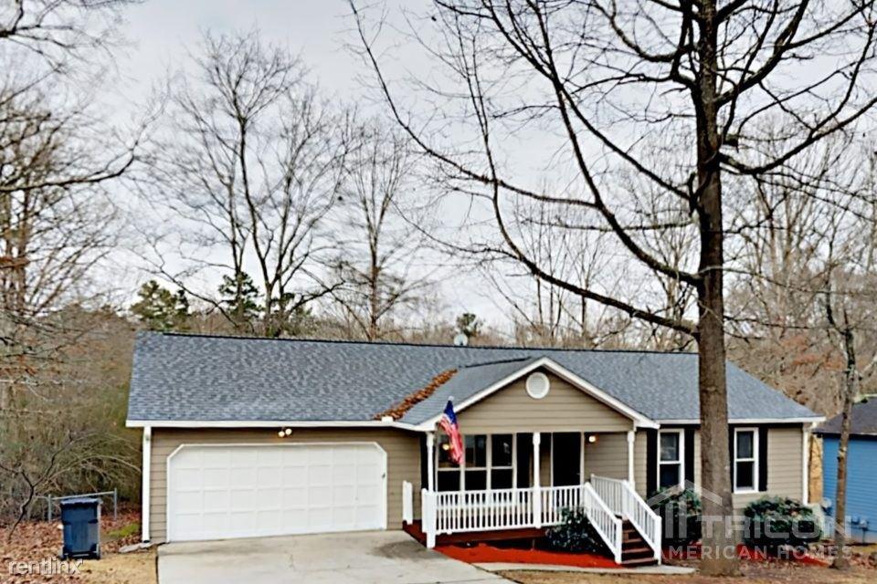 1520 Oakleaf Drive, Auburn, GA - $1,409