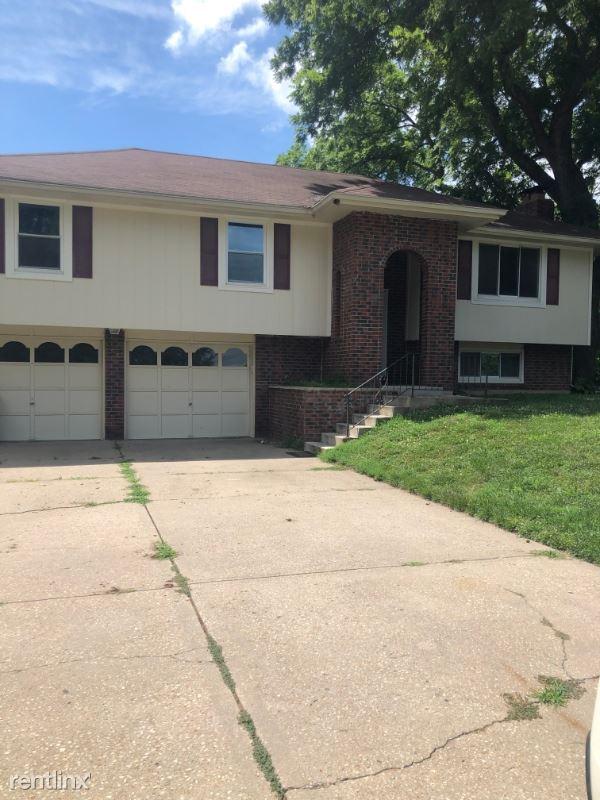 109 Ralph Drive, Lansing, KS - $1,395