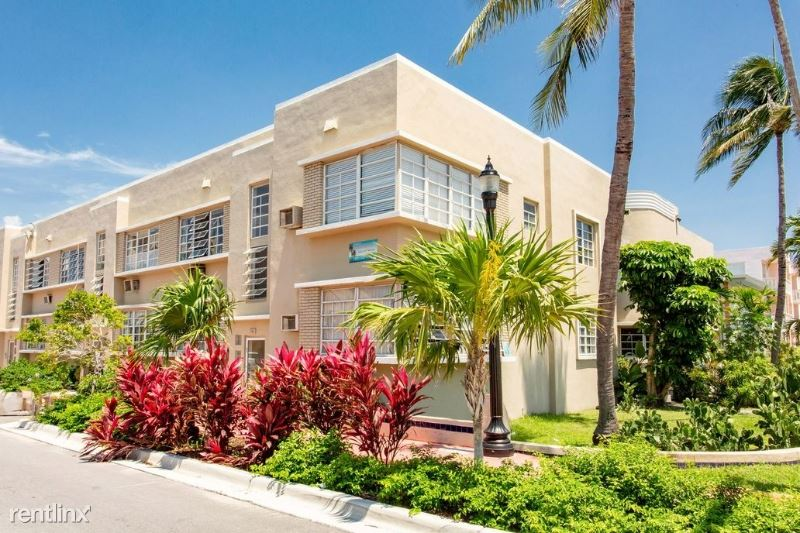 709 11th Street 2, Miami Beach, FL - $1,050