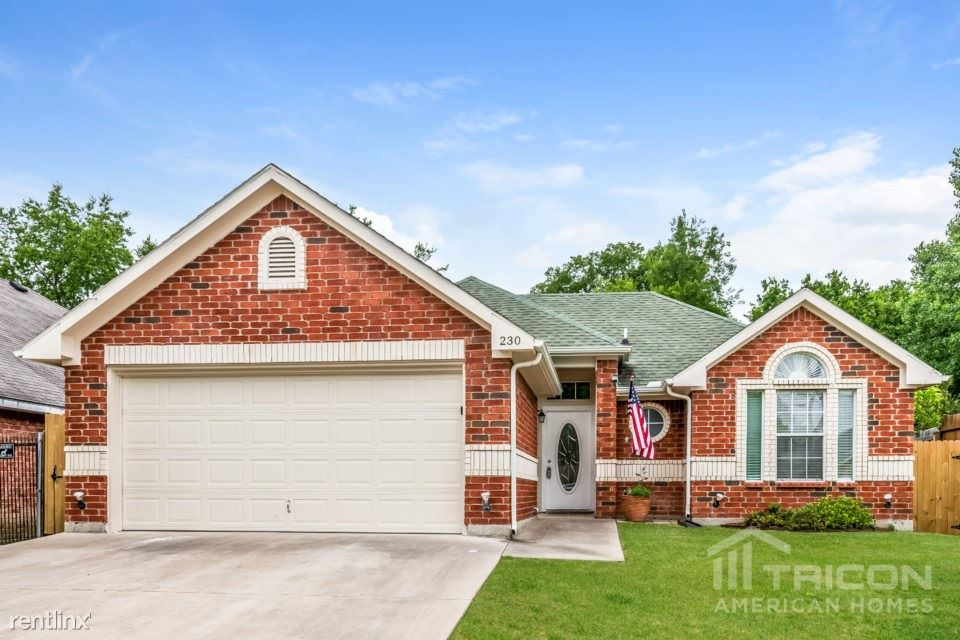 230 Lakeside Drive, Rockwall, TX - $1,649