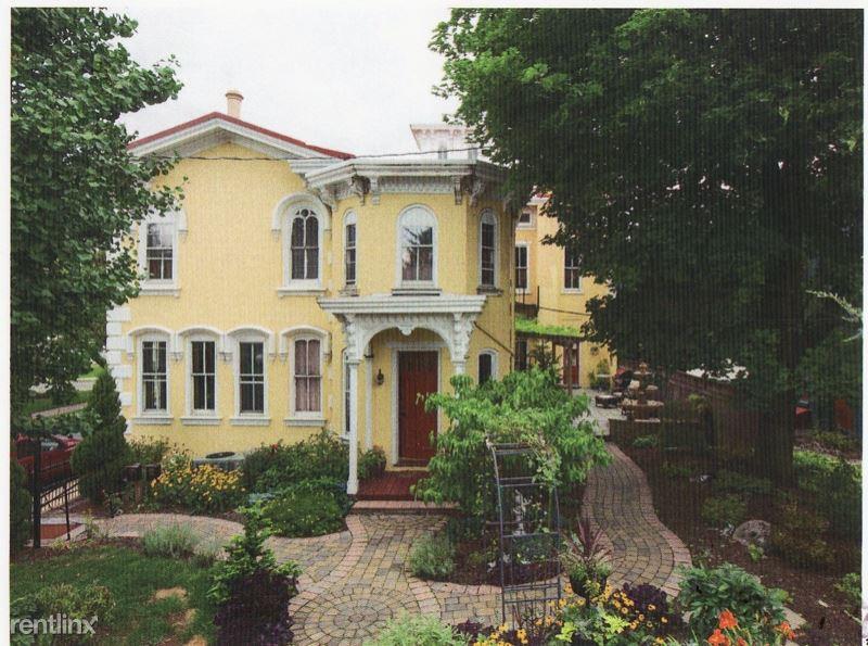 150 St Louis St, Lewisburg, PA - $1,450